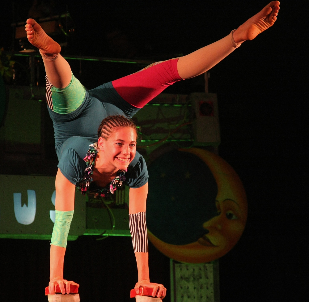 Circus Smirkus - Hand Balancing by hbp_pix (CC BY 2.0).jpg